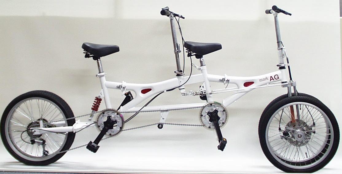 4輪のタンデム自転車
